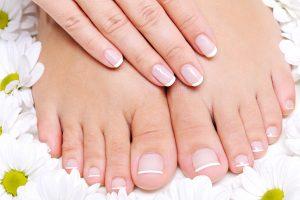 Fußpflege und Nagelmodellage bei Creative Nails