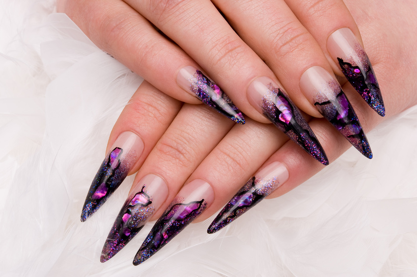 Nagelmodellage bei Creative Nails