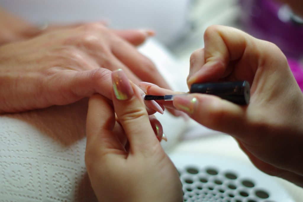 nagelmodellage-Creative-Nails